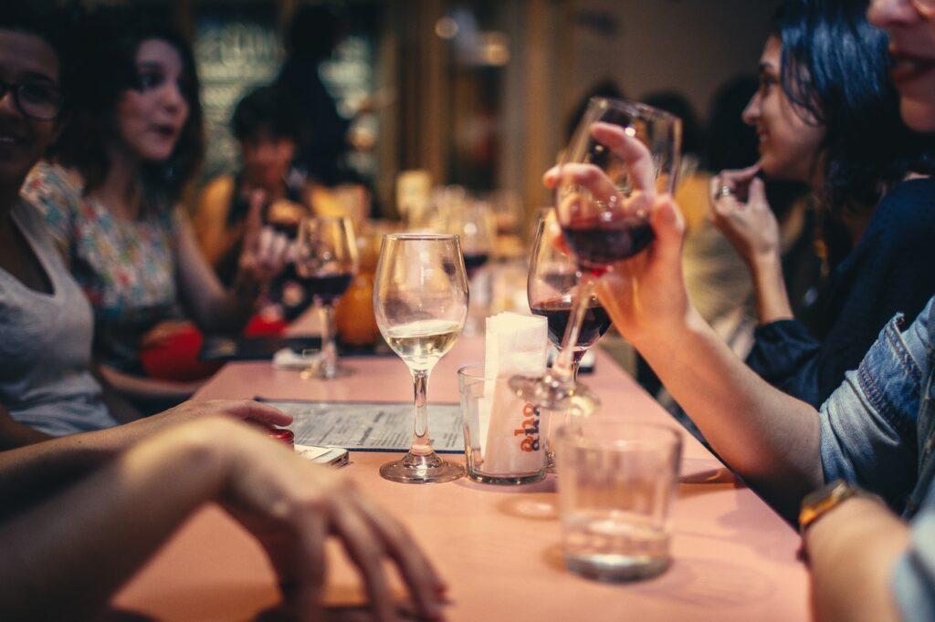 ¡Disfruta de nuestra cata de vinos en Valencia!